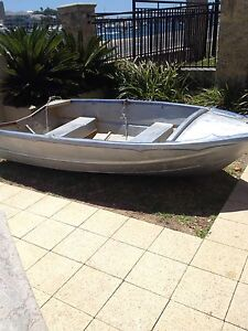 3.05m Aluminium Dinghy with 4hp Evinrude outboard East Fremantle Fremantle Area Preview