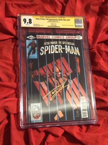 CGC SS 9.8~PETER PARKER #297~LENTICULAR VARIANT~SIGNED BY SPIDER-MAN TOM HOLLAND