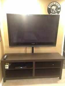 Panasonic plasma with wayfair stand