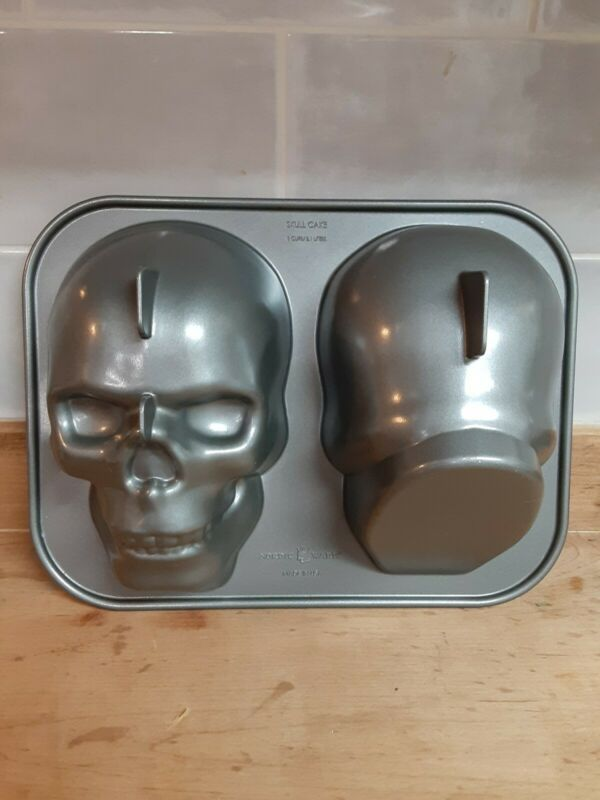 Nordic Ware 3-D Skull Cake Pan Mold, Day Of The Dead, Gothic, Pirate, Skeleton