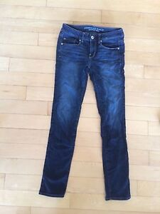 Size 4 American Eagle Skinny Jeans