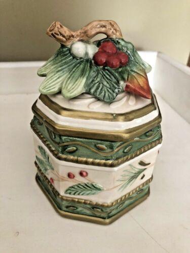 Fitz And Floyd Winter Wonderland Ceramic Octagon Covered Candy Dish/Trinket Box