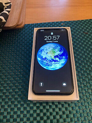 Apple iPhone X - 64GB - Space Grey - Unlocked - EXCELLENT CONDITION