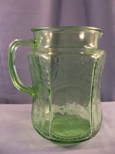 Federal Green Depression Glass Patrician Spoke 75 Oz Pitcher w/ Molded Handle