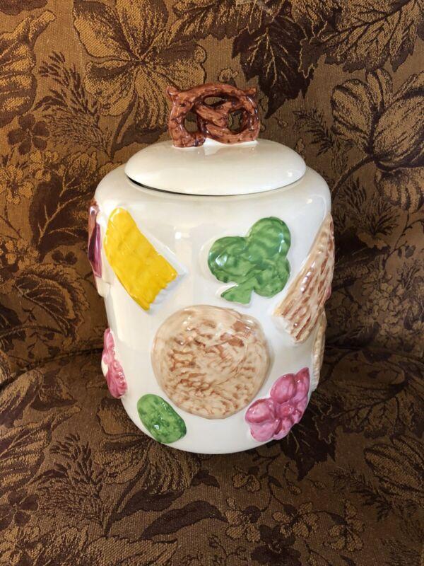 Vintage COOKIES ALL OVER Cookie Jar w/ Pretzel Top Lid Ceramic USA Stamped