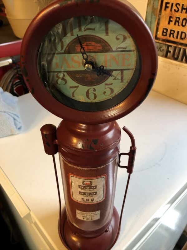 Vintage Style Replica Tin / Metal Home Decor  Gas Pump Clock