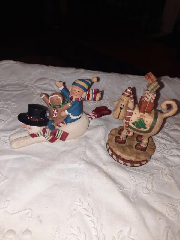BLOSSOM BUCKET Christmas Figurines (2)