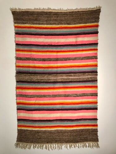 BEAUTIFUL BANDED RIO GRANDE BLANKET, HANDSPUN WOOL, EARLY 20TH C, EXCELLENT-MINT