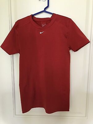 NIKE Compression Seamless Athletic Red Short Sleeve Shirt Small 4-6 Tennis Ski ()