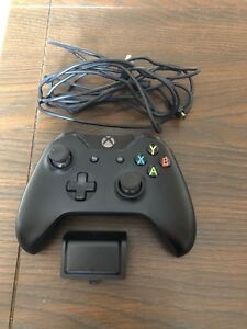 Xbox one controller and attachments