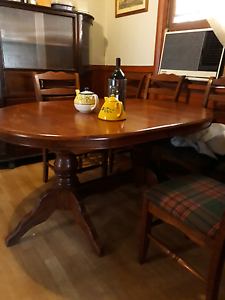 Solid timber dining extension table with 6 chairs Botany Botany Bay Area Preview