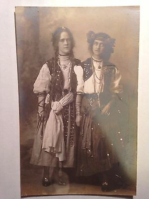 EARLY 1900s RPPC OF 2 HIPPIE CHICKS COSTUMES  GAY WOMEN ? VINTAGE HALLOWEEN - Vintage 1900s Halloween Costumes