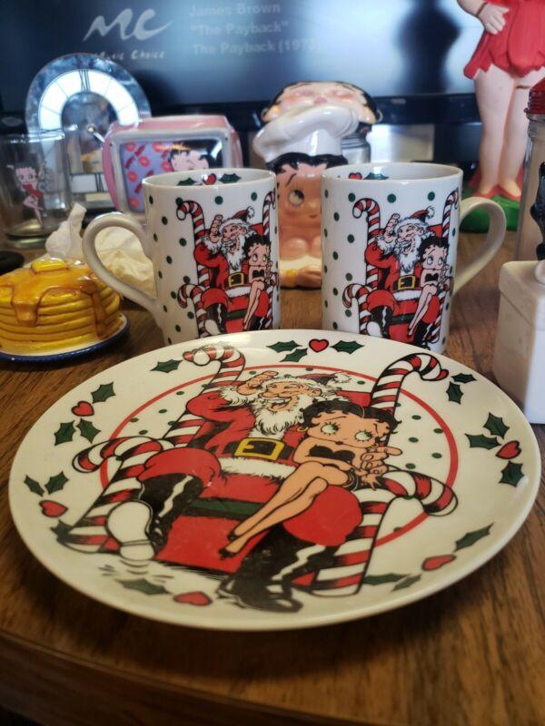 1992 Vandor Betty Boop Christmas 2 Mugs, And Plate (Saucer). Santa and Betty