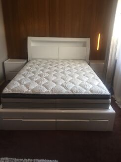 Bed room with two bedside used 1 month only brand new mattress