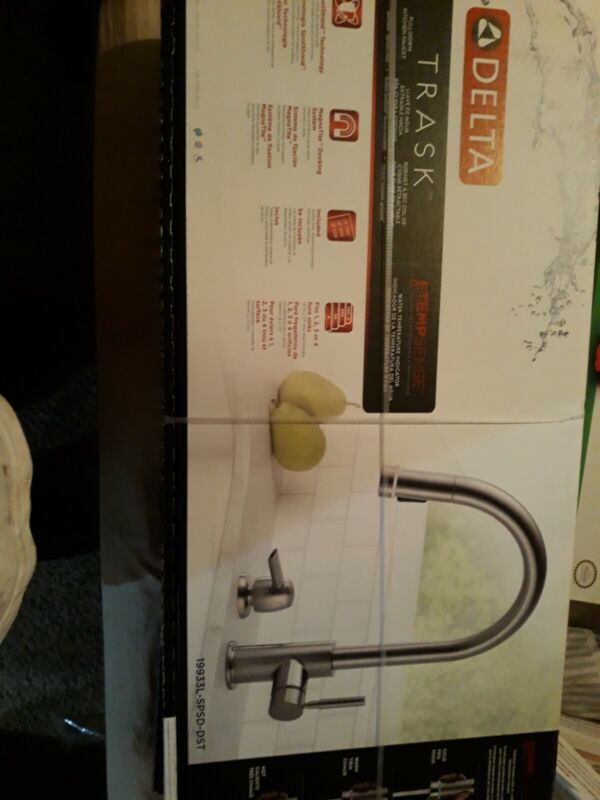 Delta Trask Single Hand Pull-Down Stainless Steel Kitchen Faucet- 19933-SPSD-DST