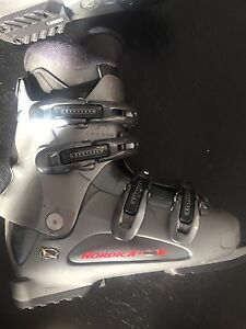 Nordica t 2.2,women  7us