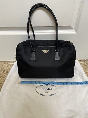 Prada Nylon Vintage 90s Bag Authentic Used Gold Hardware
