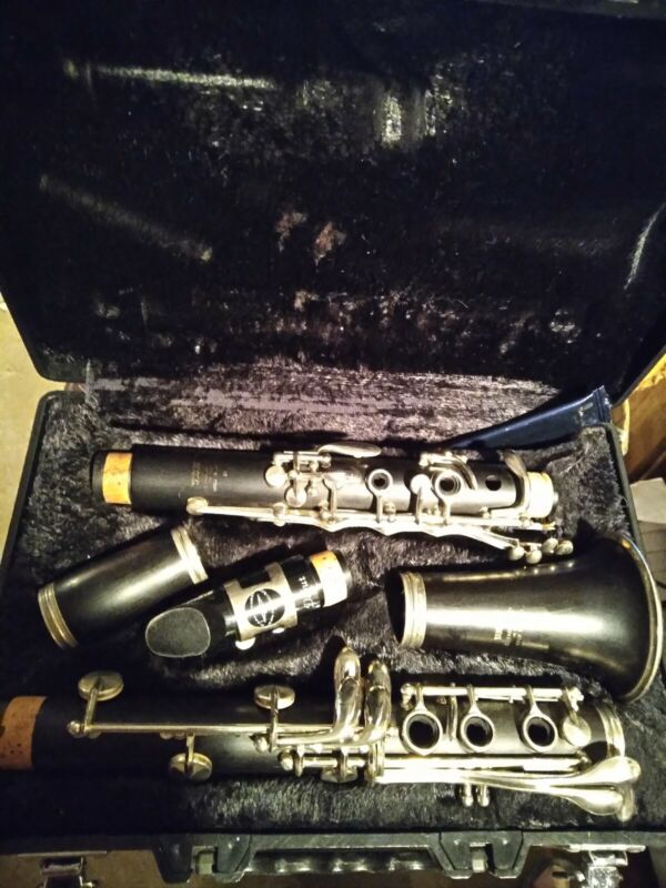 YAMAHA 34 WOOD CLARINET RECENT REPAD IN SURPRISINGLY GOOD CONDITION MADE N JAPAN