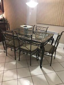 Kitchen set 6 chairs plus console