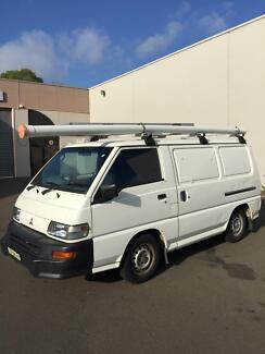 Mitsubishi L300 Express Van
