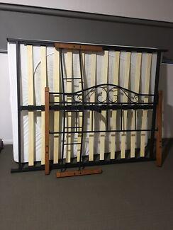 Queen bed and matteress