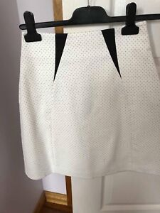 Cue in the city polka dot skirt size 6 Yowie Bay Sutherland Area Preview