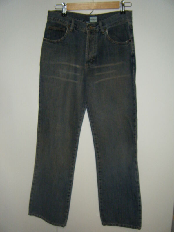 WOMENS CALVIN KLEIN BUTTON FLY JEANS SIZE 7 WORN A FEW TIMES