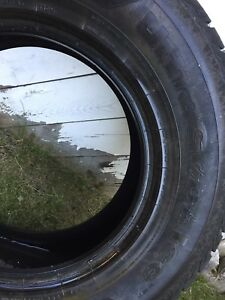 4 Winter tires  265/70 R17 Like New