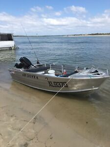 2015 Quintrex Busta 4.2 metre with electric start 2 stroke Suzuki 30HP