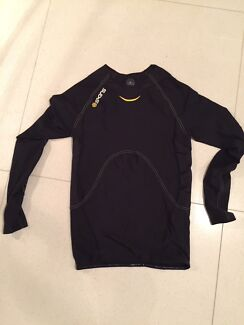 491104509 Skins C400 Compression Long Sleeve Cycling Jersey RRP 220