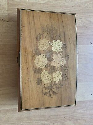 Vintage musical jewellery box - Italian Wooden