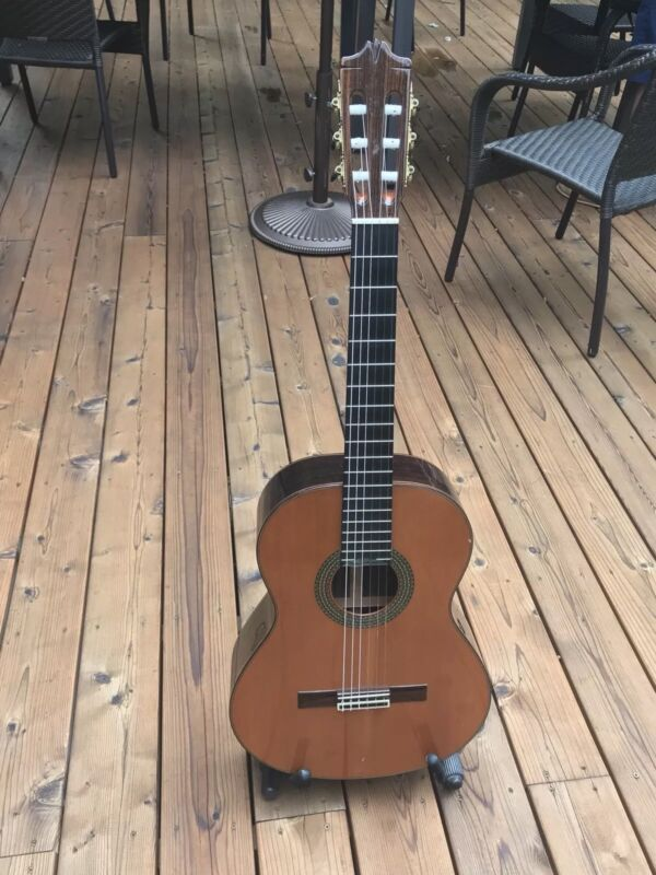 Alhambra Classical Guitar (Used)