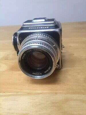 Hasselblad 500C 120 Medium Format Film Camera with 80mm Zeiss and accessories
