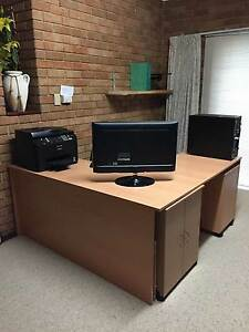 COMPLETE OFFICE/STUDY - COMPUTER & FURNITURE - WILL NOT BREAK UP Duncraig Joondalup Area Preview