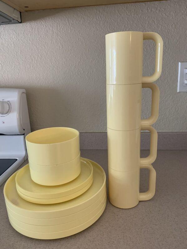 12 Lot Heller Massimo Vignelli Melamine Yellow Plates Bowls Mugs Mid Century