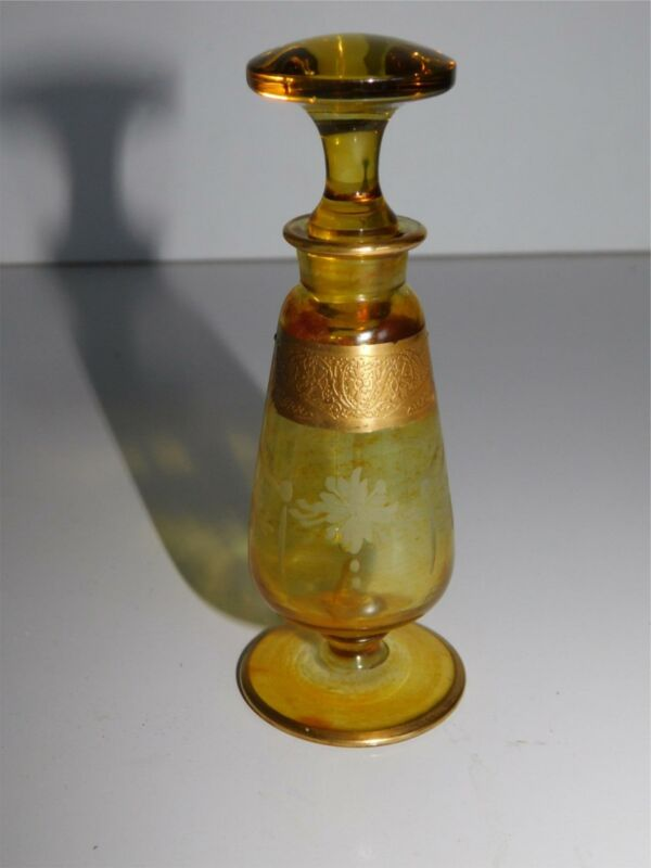 "VTG 4 1/2"" TALL PERFUME BOTTLE AMBER GLASS WITH WHEEL CUT ETCH & GOLD DETAILS"