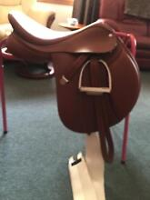 Bates jumping saddle Trevallyn West Tamar Preview