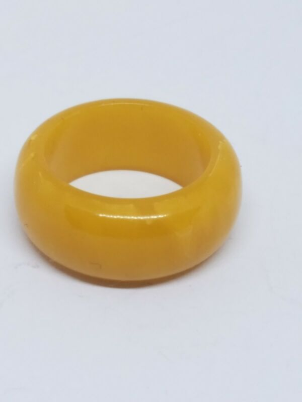 Vintage Retro Yellow Lucite Band Ring Size 6.5