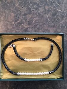 Fresh water pearls and leather necklace and bracelet