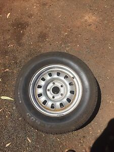 Ford 12 slotter w/ 215 65 14 tyre Echuca Campaspe Area Preview
