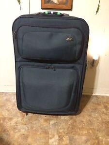 Brand-new samsonite suitcase  Peterborough Peterborough Area image 1