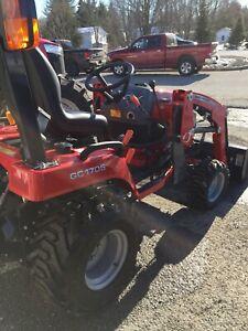 2018 Massey Ferguson 1705 tractor