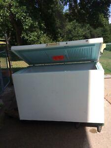 Kenmore 18 cubic foot freezer