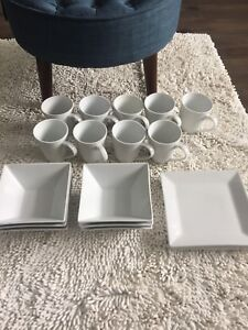 White square plates, bowls and mugs