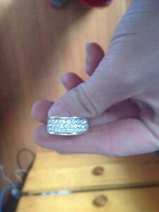 18 k gold diamond ring