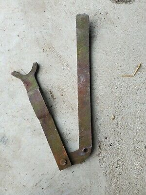 John Deere No. 5 Mower Sickle Rh Lifting Bar And Support