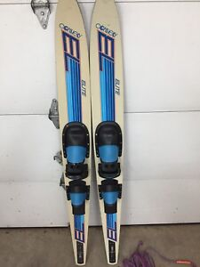 """67"""" Connley water skis"""