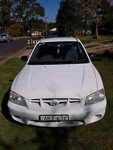 5 speed Hyundai accent East Gresford Dungog Area Preview