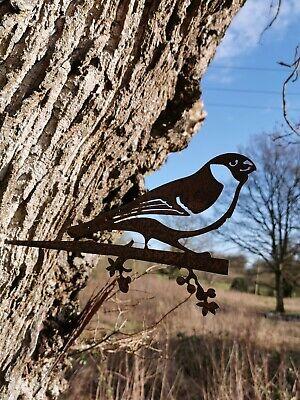 RUSTY METAL FINCH BIRD SILHOUETTE GARDEN ART  RUSTIC BIRD SCULPTURE GARDEN DECOR