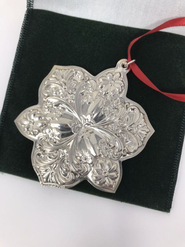 Towle Sterling Silver Snowflake Old Masters Remembrance Ornament NIB